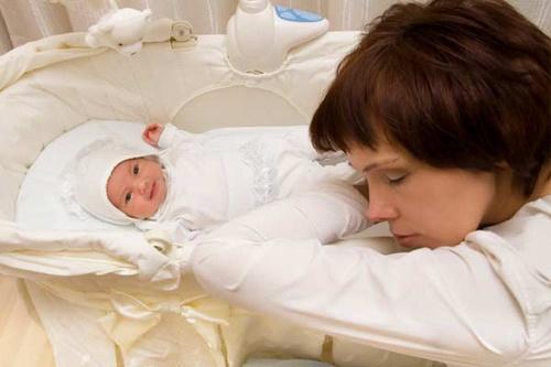 Viêm nhiễm phụ khoa sau sinh: Dễ gặp khó chữa