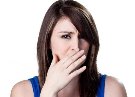 Khí hư có mùi hôi tanh: Dấu hiệu của nhiều căn bệnh phụ khoa