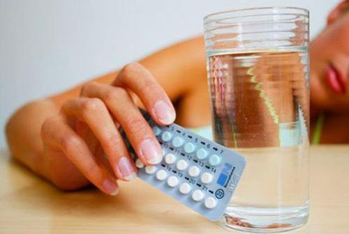 nguyên nhân viêm âm đạo do lạm dụng thuốc tránh thai