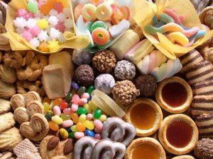 Bị viêm âm đạo nên hạn chế ăn đồ ngọt