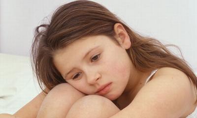 Bệnh viêm âm đạo cũng dễ gặp ở bé gái trước tuổi dậy thì