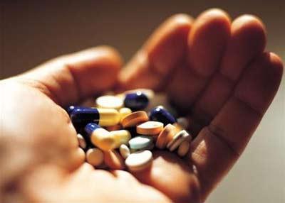 Lạm dụng kháng sinh cũng là nguyên nhân gây nấm âm đạoLạm dụng kháng sinh cũng là nguyên nhân gây nấm âm đạo