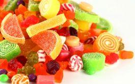 Đồ ngọt khiến huyết trắng ra nhiều, ẩm ướt khó chịu hơn