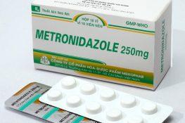 Metronidazol là thuốc kháng sinh điều trị bệnh viêm âm đạo do Trùng roi Trichomonas
