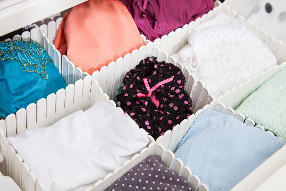 Để phòng tránh và giảm ngứa vùng kín cho bà bầu nên chú ý đến việc chọn lựa quần áo