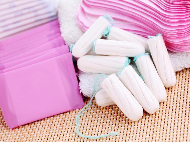 Sau khi đặt thuốc phụ khoa nên dùng băng vệ sinh