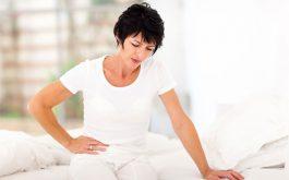 Bệnh viêm vùng chậu cũng biểu hiện bằng dấu hiệu chảy máu âm đạo bất thường