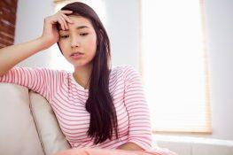 """Nhiều bạn gái lo lắng: Chưa """"yêu"""" lần nào có bị viêm cổ tử cung không?"""