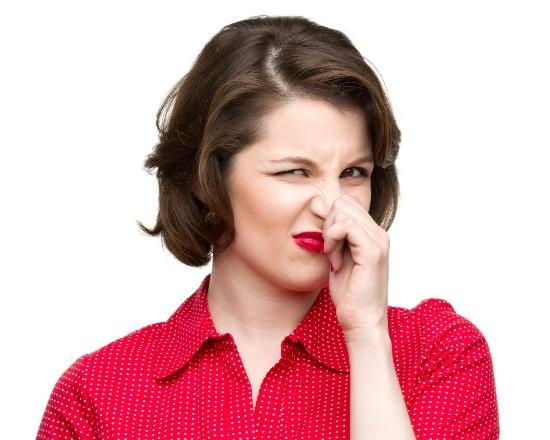 vùng kín bị ngứa và có mùi hôi