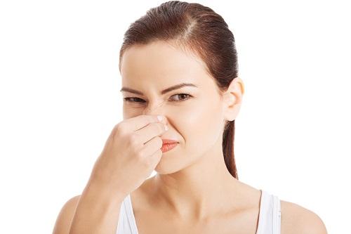 khí hư có mùi hôi không ngứa