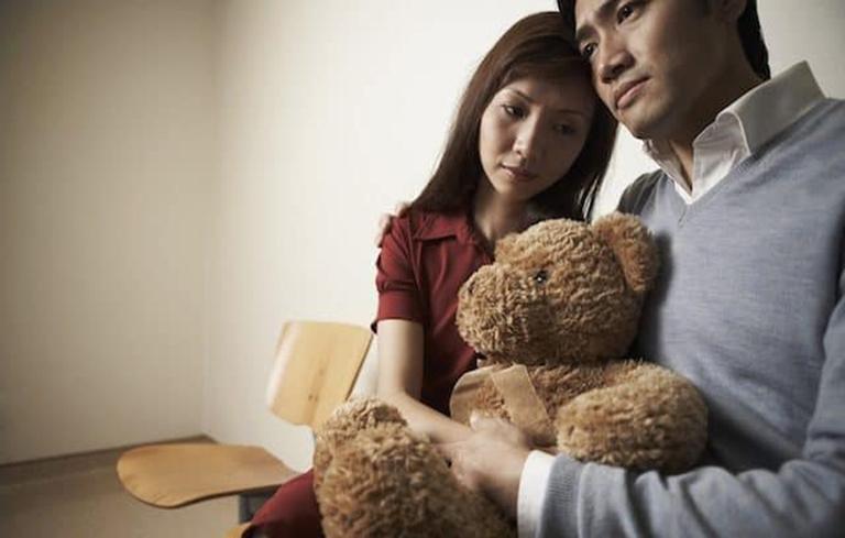 """Nhiều cặp đôi cố gắng trong vô vọng trên hành trình """"tìm con"""""""